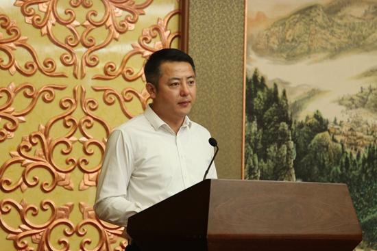 王锡鑫代表理事单位发言.jpg